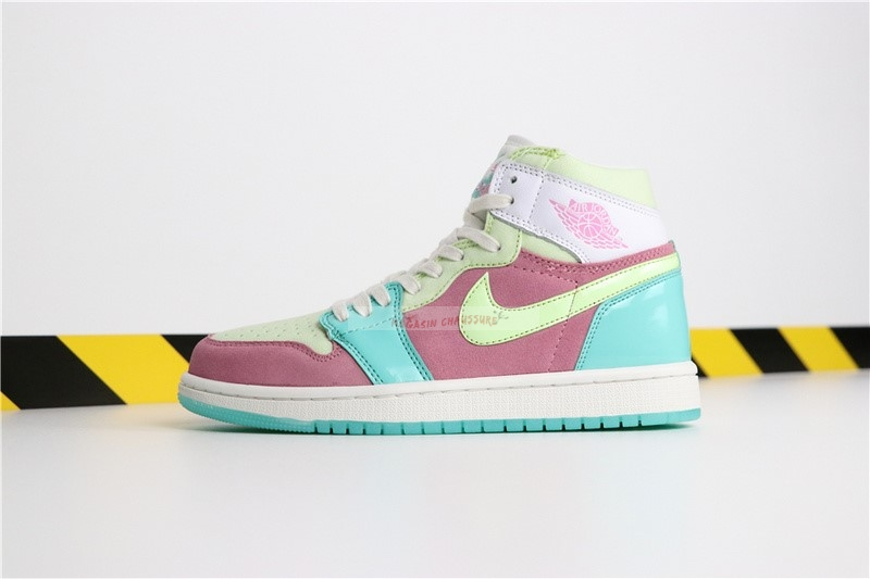 "Air Jordan 1 - Femme ""Easter Egg Ice"" Bleu Rouge Chaussure de Basket"