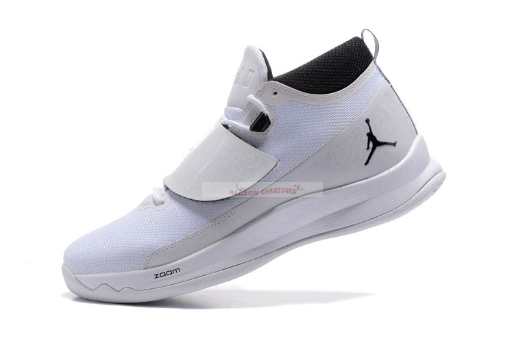 Air Jordan Super.Fly 5 Po Blanc Noir Chaussure de Basket