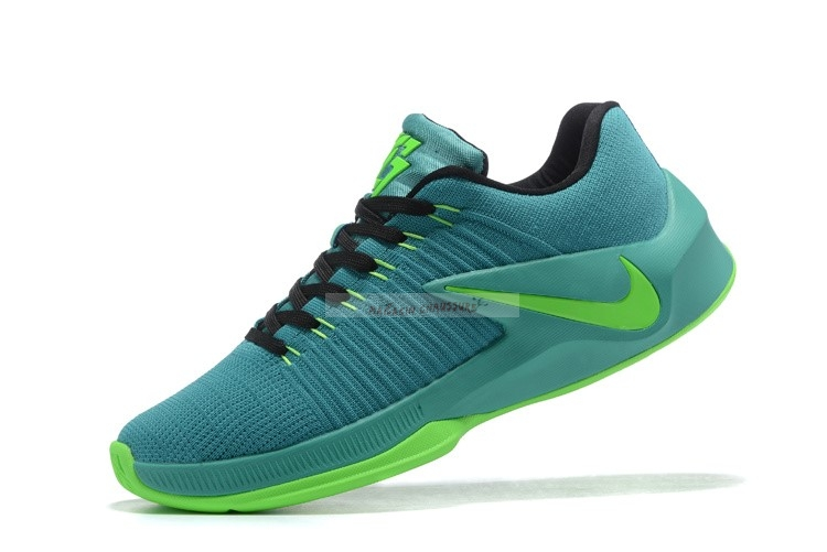 Nike Zoom Clear Out Low Vert (844376-006) Chaussure de Basket