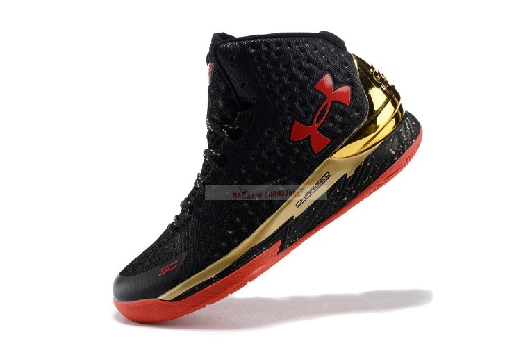 Under Armour Curry 1 Noir Or Rouge Chaussure de Basket