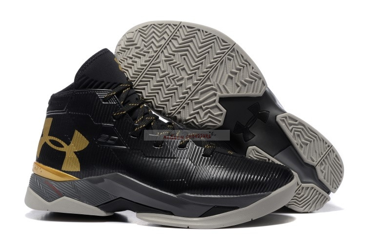 Under Armour Curry 2.5 Noir Or Chaussure de Basket